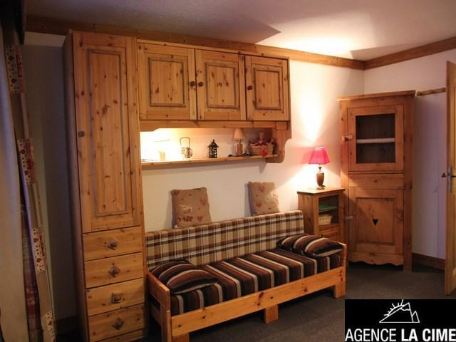 Location au ski Studio 4 personnes (092) - La Residence Les Neves - Val Thorens - Canapé-lit