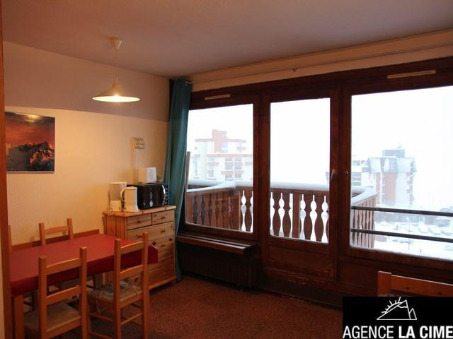 Location au ski Studio 4 personnes (123) - La Residence Les Neves - Val Thorens - Table