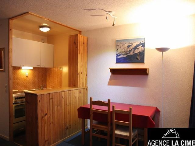 Location au ski Studio 4 personnes (125) - La Residence Les Neves - Val Thorens - Canapé