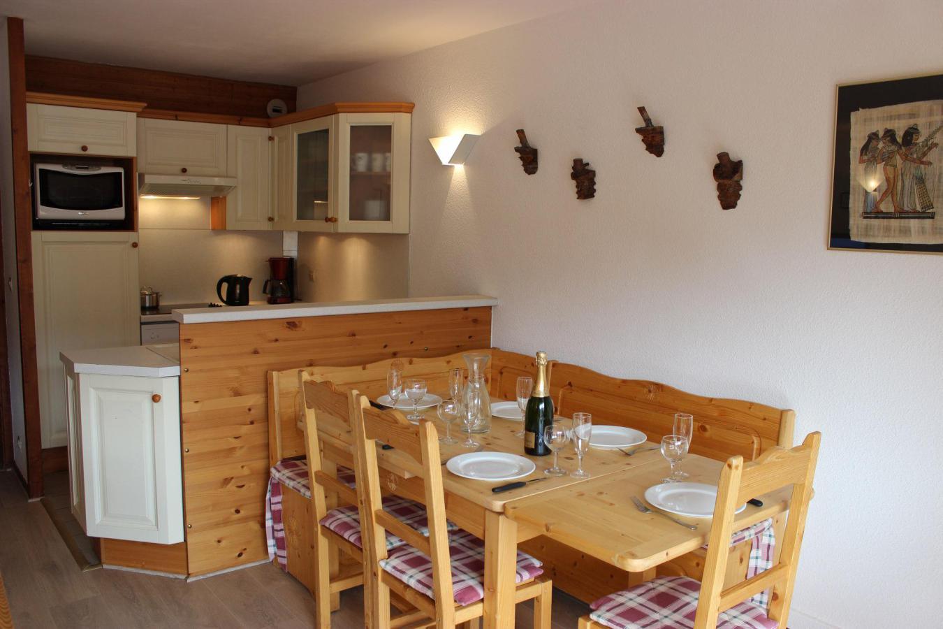 Location au ski Appartement 3 pièces 6 personnes (8) - Residence Beau Soleil - Val Thorens - Coin repas