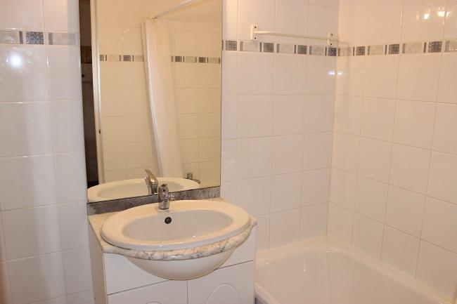 Location au ski Studio 4 personnes (1102) - Residence Cimes De Caron - Val Thorens - Salle de bains