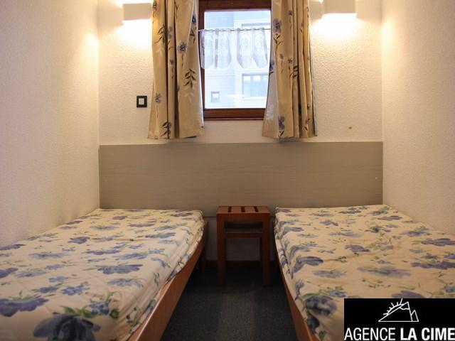 Location au ski Studio cabine 4 personnes (619) - Residence De L'altineige - Val Thorens - Lit simple