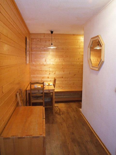 Location au ski Studio 2 personnes (3) - Residence Hauts De Chaviere - Val Thorens - Séjour