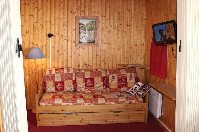 Location au ski Appartement 2 pièces 4 personnes (44) - Residence L'orsiere - Val Thorens - Canapé-gigogne