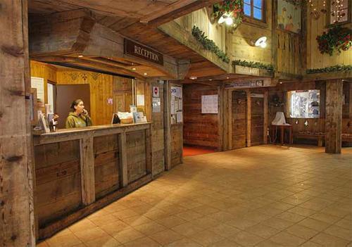 Location au ski Residence Le Cheval Blanc - Val Thorens - Réception