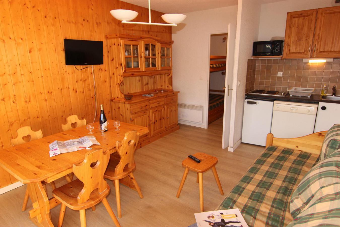 Location au ski Studio 4 personnes (110) - Residence Le Lac Du Lou - Val Thorens - Extérieur hiver