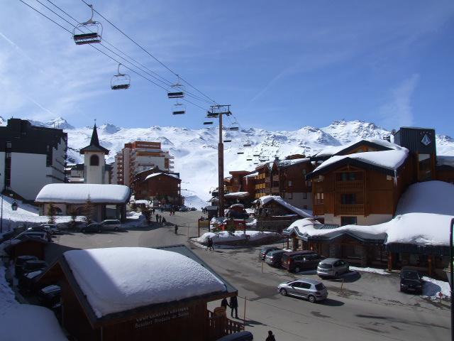 Location au ski Studio 4 personnes (10) - Residence Le Lac Du Lou - Val Thorens - Meuble vasque