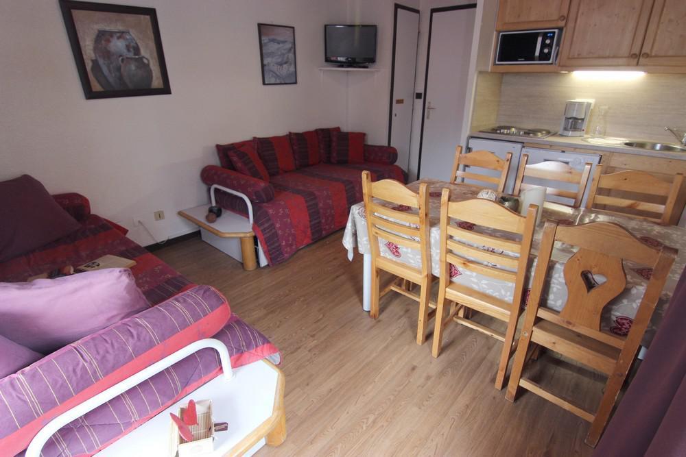 Location au ski Appartement 2 pièces 6 personnes (212) - Residence Le Schuss - Val Thorens - Canapé