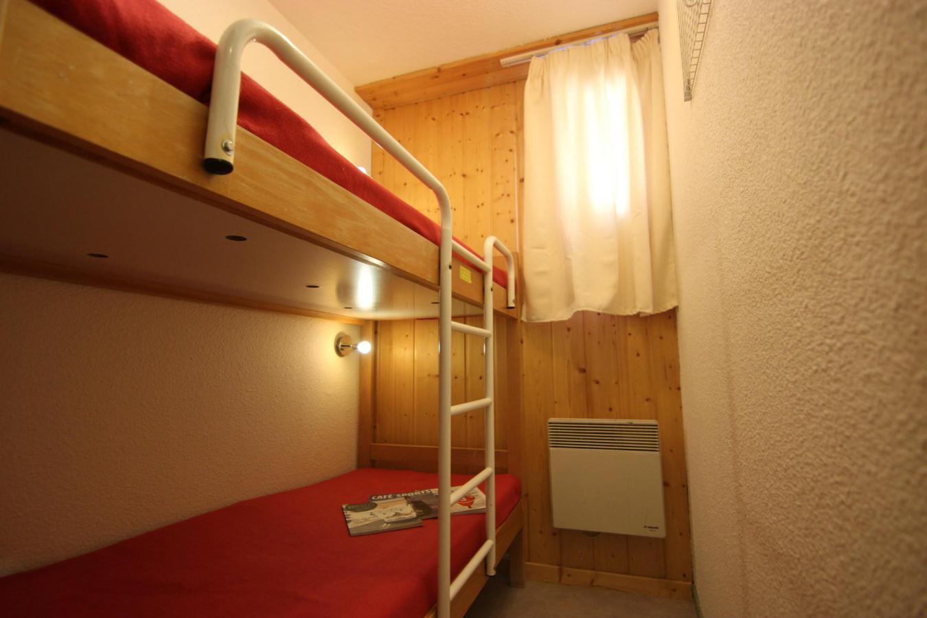 Location au ski Appartement 2 pièces cabine 6 personnes (12) - Residence Le Schuss - Val Thorens - Canapé