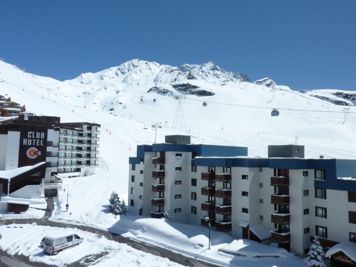 Location au ski Studio 4 personnes (406) - Residence Le Schuss - Val Thorens - Extérieur hiver