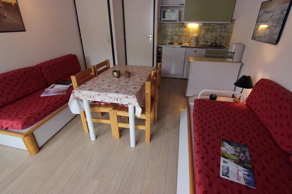 Location au ski Studio 4 personnes (209) - Residence Le Schuss - Val Thorens - Kitchenette