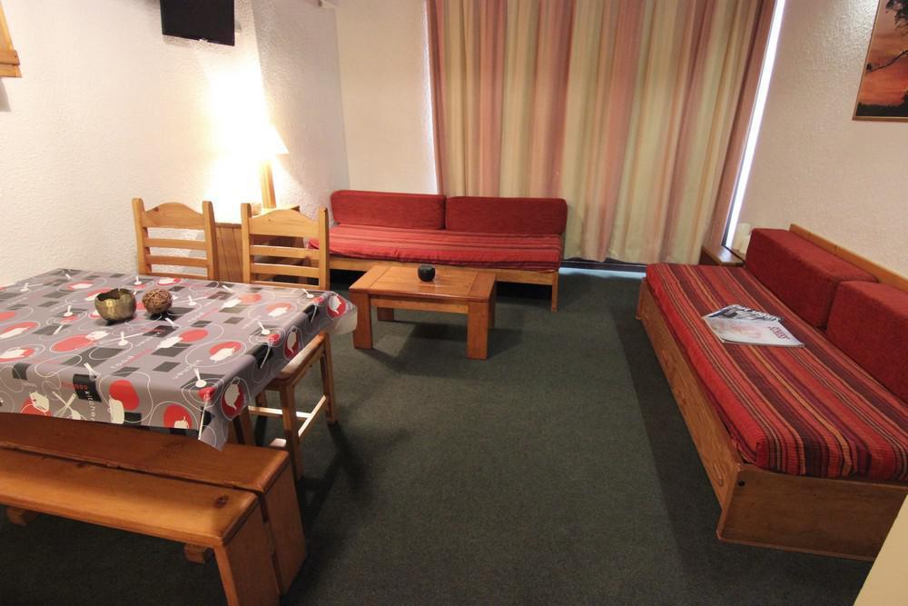 Location au ski Studio 4 personnes (406) - Residence Le Schuss - Val Thorens - Banquette