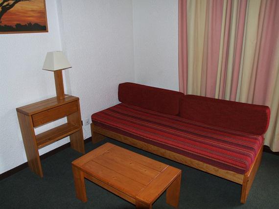 Location au ski Studio 4 personnes (406) - Residence Le Schuss - Val Thorens - Table
