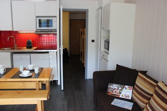 Location au ski Studio 5 personnes (102) - Residence Le Schuss - Val Thorens - Kitchenette