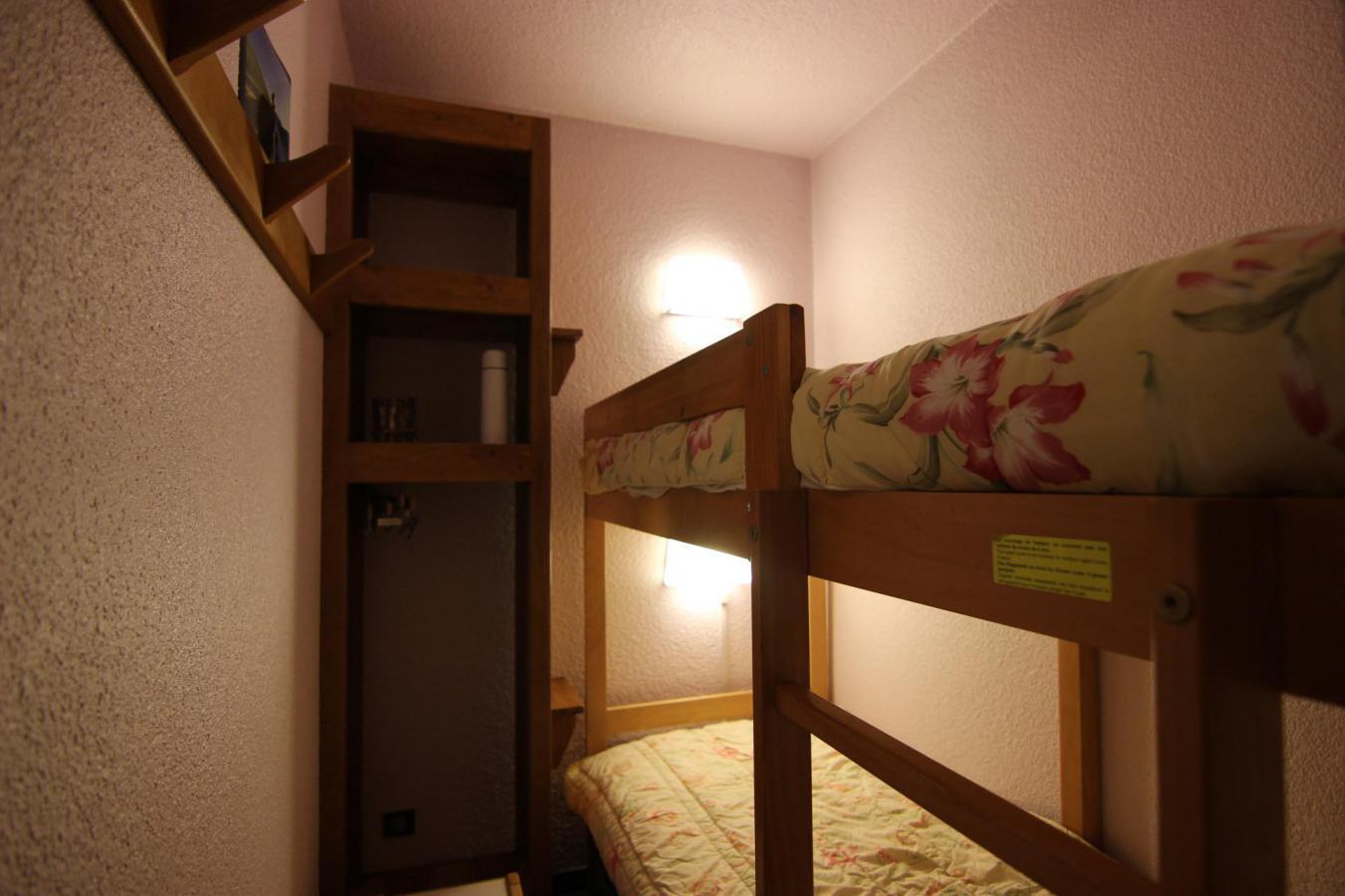 Location au ski Studio cabine 4 personnes (510) - Residence Le Schuss - Val Thorens - Chambre