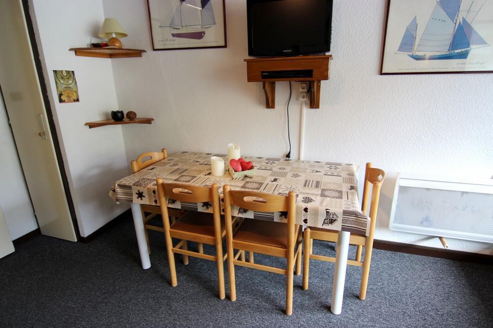 Location au ski Studio cabine 4 personnes (510) - Residence Le Schuss - Val Thorens - Lavabo