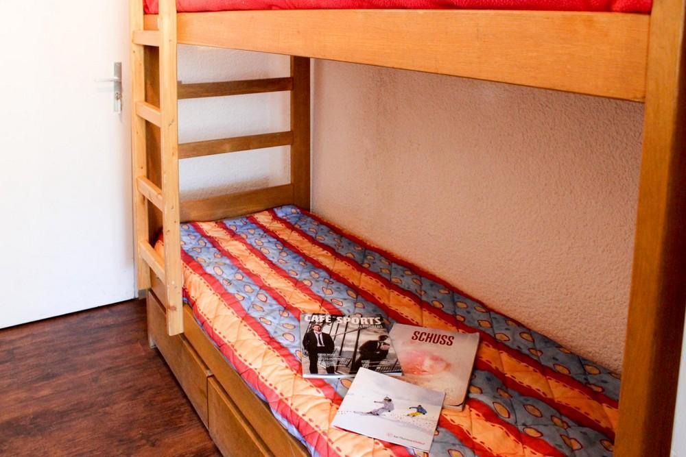 Location au ski Studio 3 personnes (P2) - Residence Le Serac - Val Thorens - Lits superposés