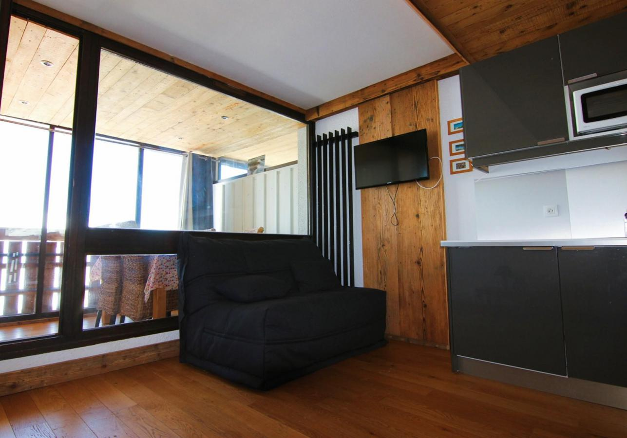Location au ski Studio 4 personnes (H8) - Residence Le Serac - Val Thorens - Canapé-bz