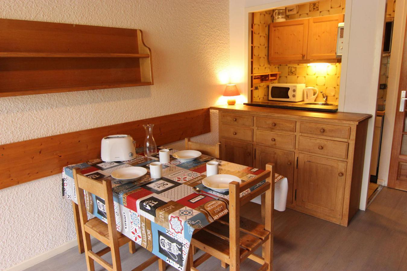 Location au ski Studio 4 personnes (U7) - Residence Le Serac - Val Thorens - Kitchenette