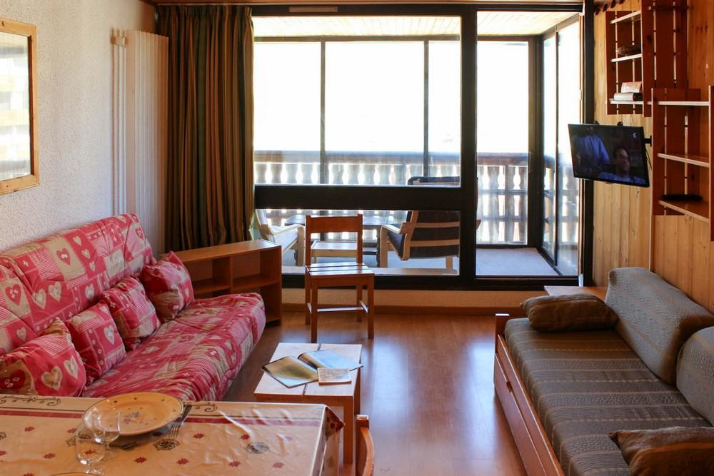 Location au ski Studio cabine 4 personnes (J4) - Residence Le Serac - Val Thorens - Canapé