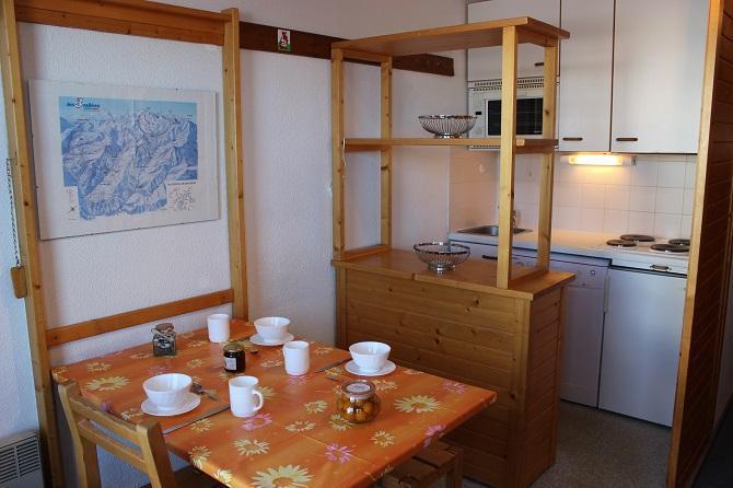 Location au ski Studio 3 personnes (85) - Residence Reine Blanche - Val Thorens - Table