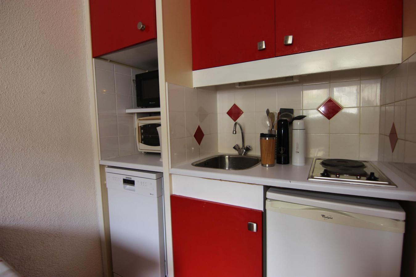 Location au ski Studio 2 personnes (125) - Residence Roche Blanche - Val Thorens - Kitchenette