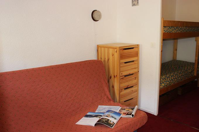 Location au ski Studio 2 personnes (156) - Residence Roche Blanche - Val Thorens - Canapé