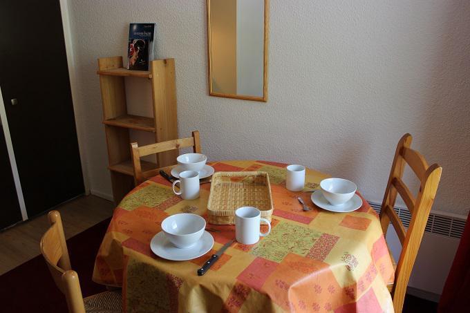 Location au ski Studio 2 personnes (156) - Residence Roche Blanche - Val Thorens - Lavabo