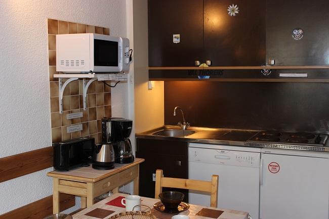 Location au ski Studio 4 personnes (84) - Residence Roche Blanche - Val Thorens - Kitchenette