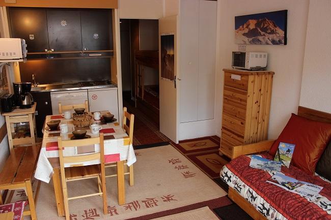 Location au ski Studio 4 personnes (84) - Residence Roche Blanche - Val Thorens - Séjour
