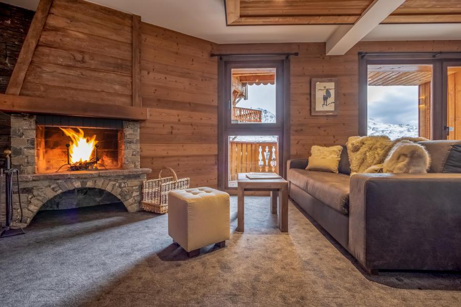 Skiverleih 3-Zimmer-Appartment für 4 Personen - Chalet Altitude - Val Thorens - Kamin