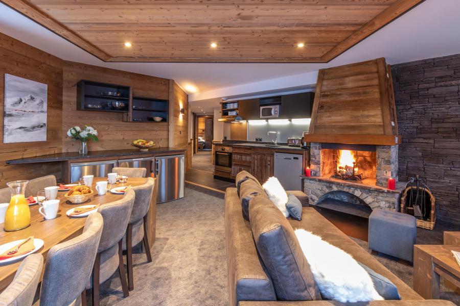 Location au ski Appartement 6 pièces 10 personnes - Chalet Altitude - Val Thorens - Cheminée