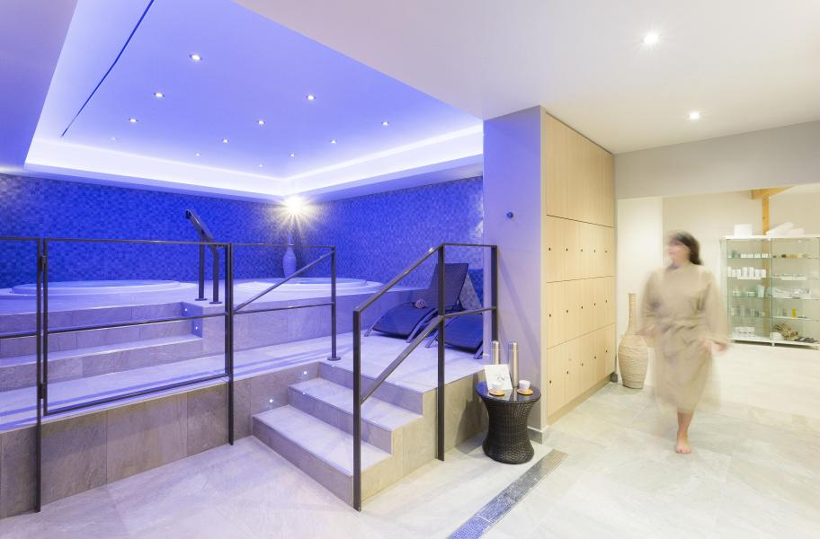 Soggiorno sugli sci Hôtel Club MMV les Arolles - Val Thorens - Jacuzzi