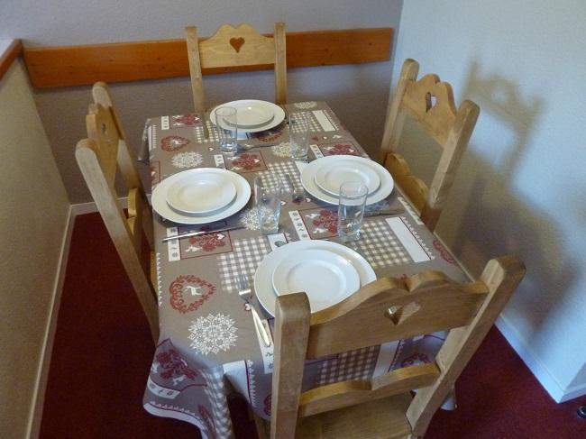 Location au ski Appartement 2 pièces 4 personnes (4F) - Les Temples du Soleil Nazca - Val Thorens - Table