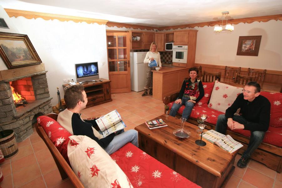 Skiverleih Résidence Chalet des Neiges Plein Sud - Val Thorens - Wohnzimmer