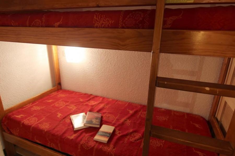 Location au ski Studio 3 personnes (2106) - Résidence Cimes de Caron - Val Thorens - Canapé