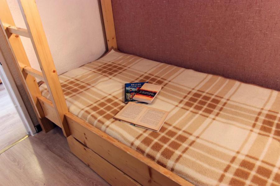 Location au ski Appartement 2 pièces cabine 4 personnes (518) - Résidence Lauzières - Val Thorens - Table