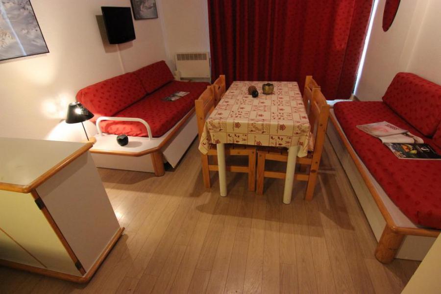 Location au ski Studio 4 personnes (209) - Résidence le Schuss - Val Thorens - Table