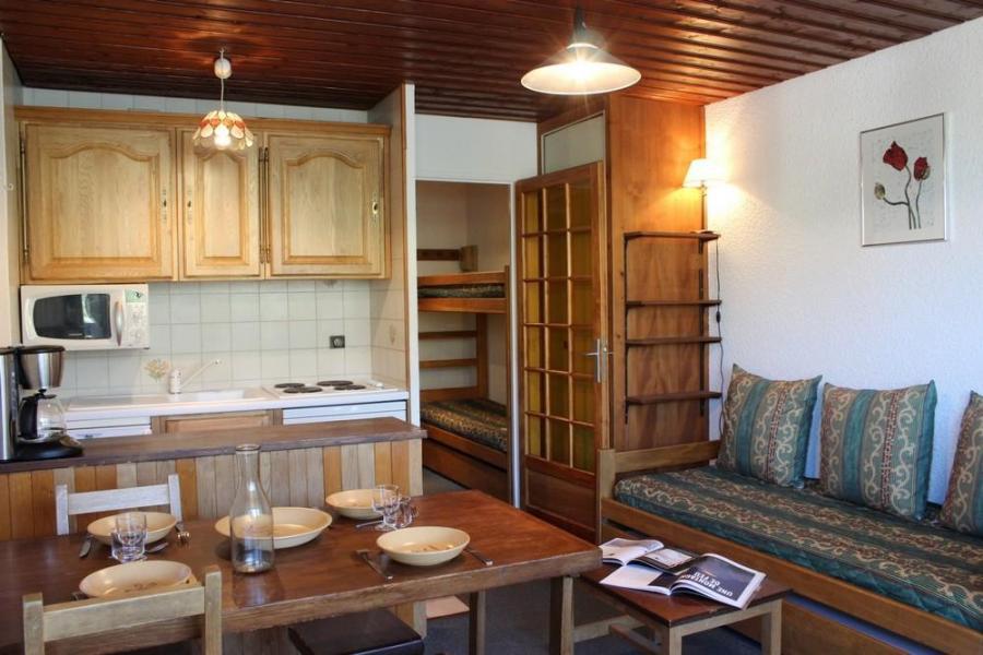 Location au ski Studio 3 personnes (O6) - Résidence le Sérac - Val Thorens - Kitchenette