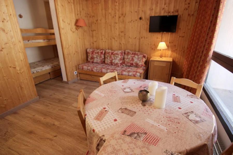 Skiverleih Studio für 3 Personen (802) - Résidence les Trois Vallées - Val Thorens - Tisch
