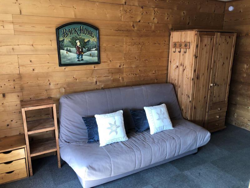 Location au ski Studio 4 personnes (154) - Résidence Névés - Val Thorens - Canapé-lit