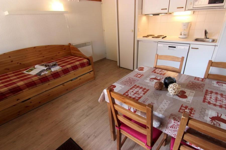 Location au ski Studio 3 personnes (99) - Résidence Reine Blanche - Val Thorens - Séjour