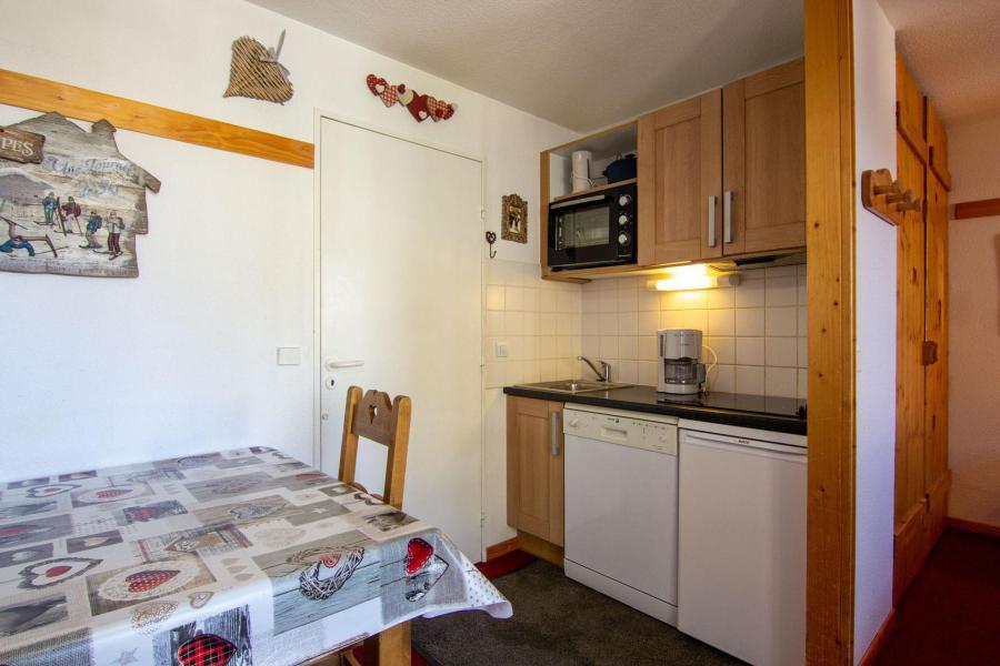 Location au ski Studio cabine 4 personnes (86) - Résidence Reine Blanche - Val Thorens - Douche