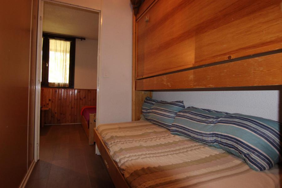 Location au ski Studio 2 personnes (145) - Résidence Roche Blanche - Val Thorens - Canapé