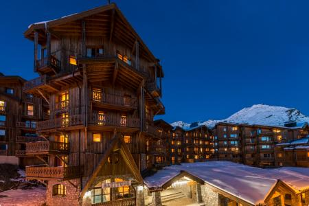 Vacances en montagne Chalet Altitude - Val Thorens - Extérieur hiver