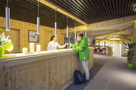 Location au ski Hotel Club Mmv Les Arolles - Val Thorens - Réception