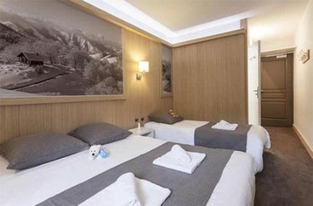 Location au ski Chambre 3 personnes - Hotel Club Mmv Les Arolles