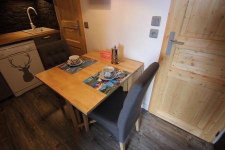 Location au ski Appartement 2 pièces 3 personnes (502) - La Résidence Altineige - Val Thorens - Table
