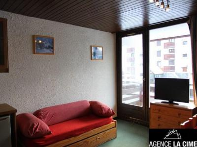 Location au ski Studio cabine 5 personnes (002) - La Residence Le Schuss - Val Thorens - Table