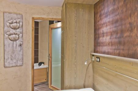 Rent in ski resort Les Balcons Platinium - Val Thorens - Bathroom